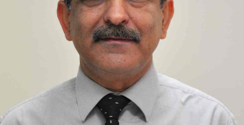 Dr Ravi Bhutani