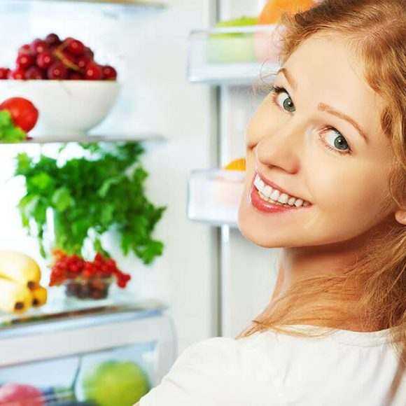 6 Food Items that can keep you away from Dental Problems